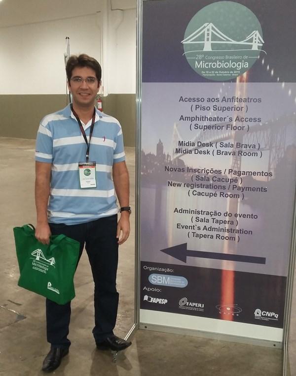 Coordenador de Biomedicina participa de Congresso em Santa Catarina
