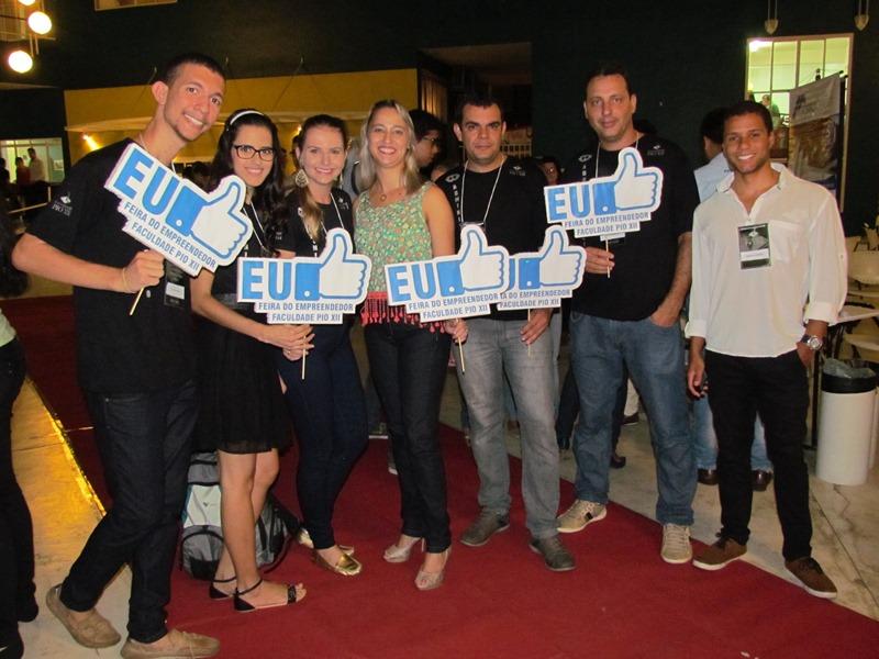 Alunos de Administração realizam 1ª Feira do Empreendedor da PIO XII
