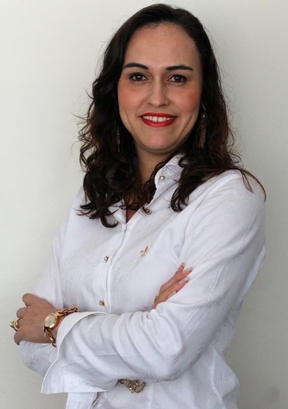 Professores da PIO XII no jornal A Tribuna do fim de semana