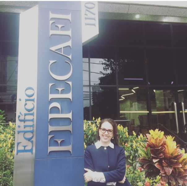 Coordenadora de Ciências Contábeis realiza curso em São Paulo