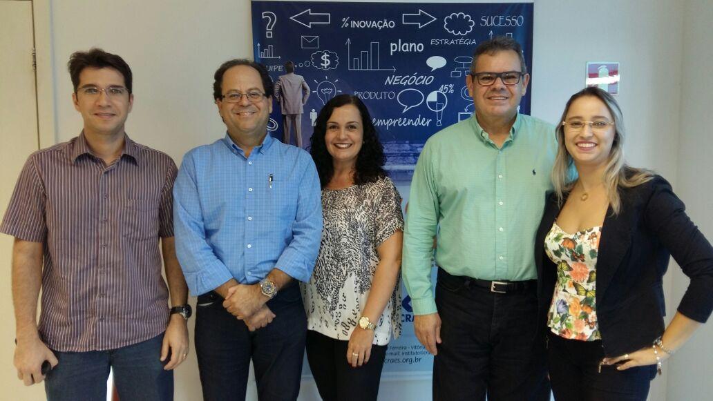 Equipe da PIO XII participa de workshop sobre ENADE