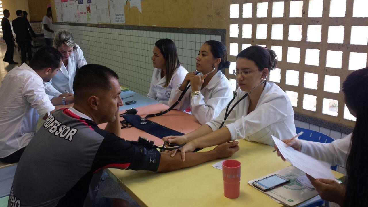 Biomedicina na Escola Dr. José Moysés