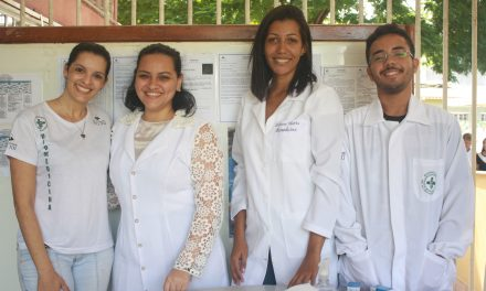 Biomedicina faz ação no Colégio PIO XII